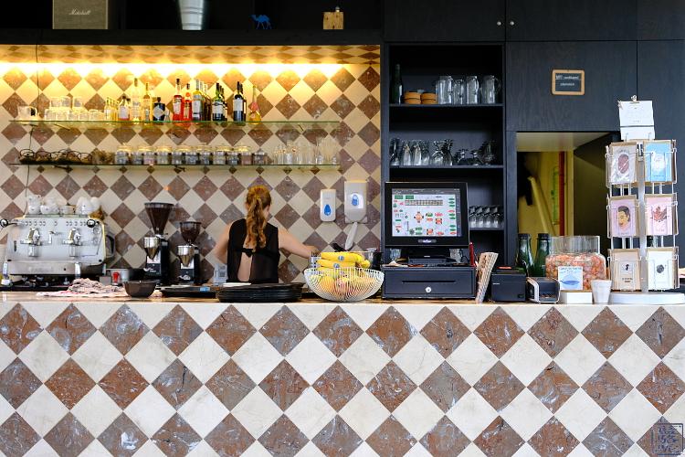 Le Chameau Bleu -Blog Voyage Gand Belgique -  Comptoir  du STAM Café - Gand - Belgique