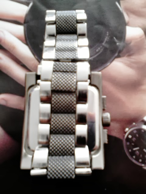 83e93341608 A pulseira é muito interessante