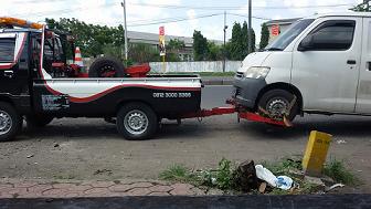 Mobil Derek Bangkalan 24 Jam