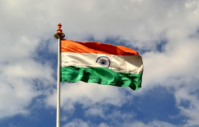 Larget-Indian-Flag-Flying-Images