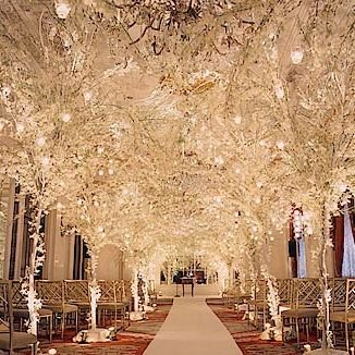 Wedding Hall Decorated Using A Fairy Tale Like Snow White Frozen Or Even Lord Of The Rings This Is One Most Beautiful Theme In 2016