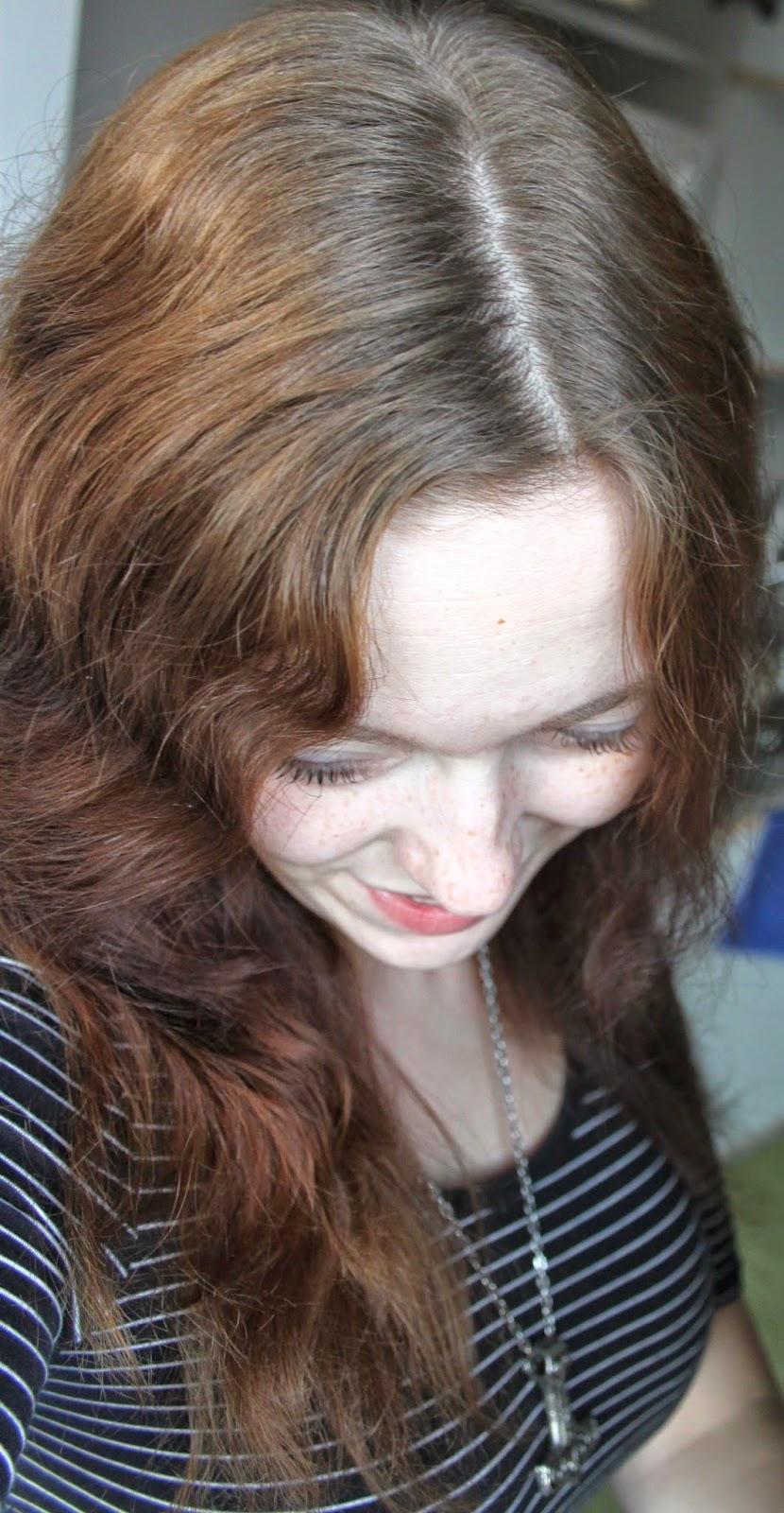 oma hiusväri takaisin raidoilla