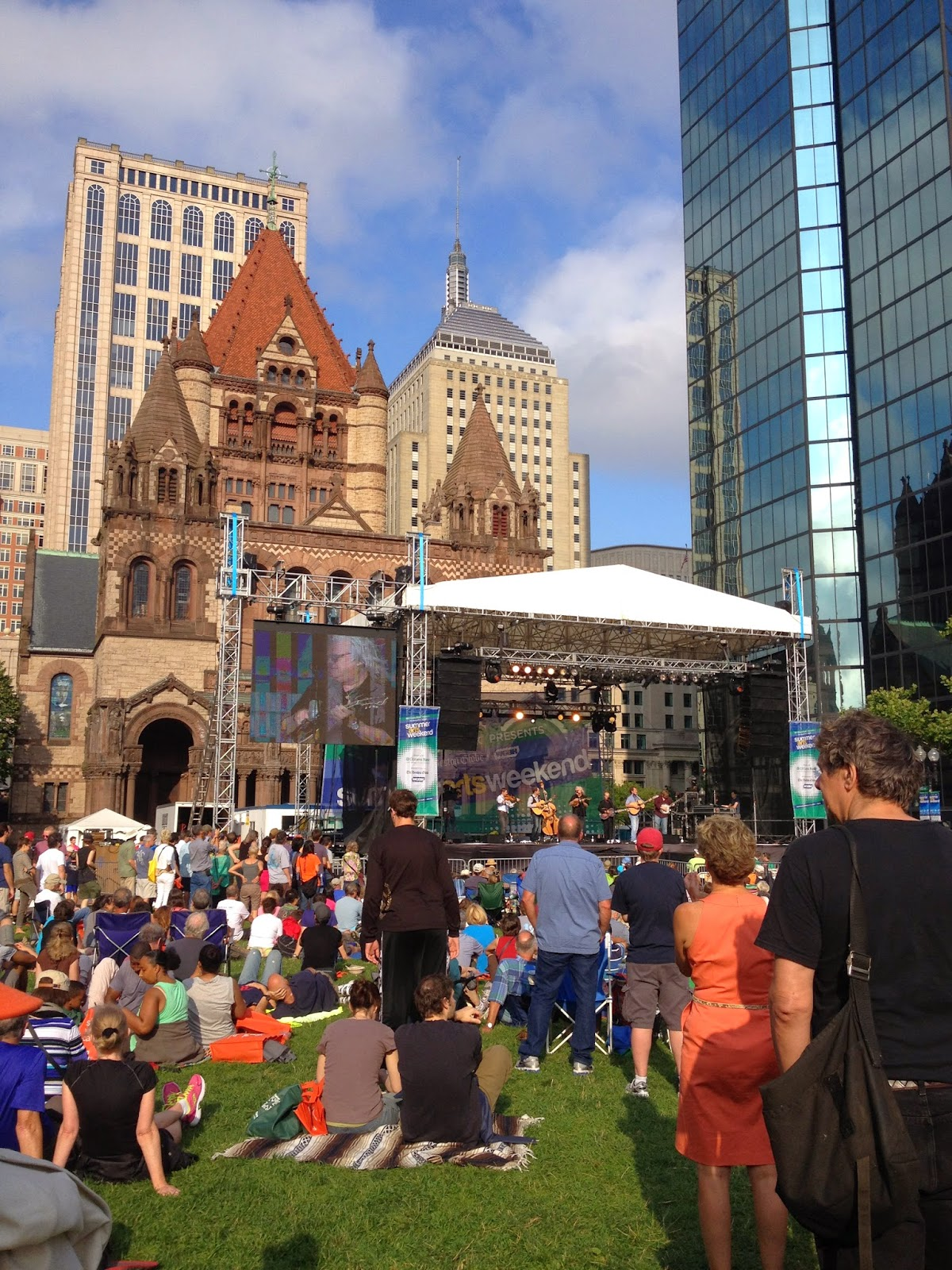 Summer Arts in Copley Square & Bon Me Foodtruck