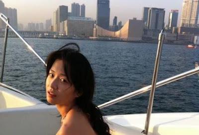VIRAL, Artis Cantik Asal Indonesia ini Dipaksa Untuk Pegang Anunya Sutradara