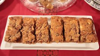 Nurselin Mutfağı Cevizli İncirli Elmalı Kek Tarifi