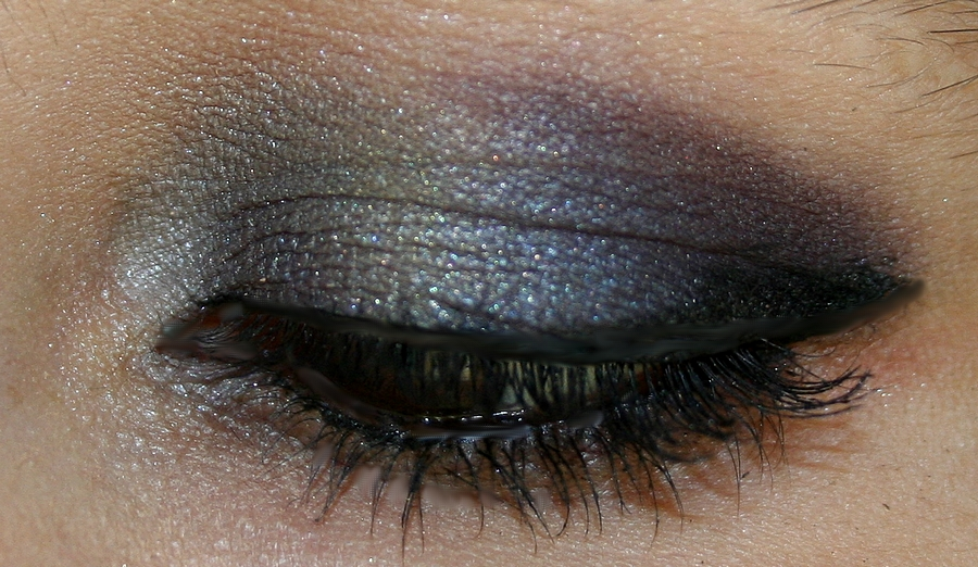 beauty or not beauty tuto photos du smoky eyes bleu marine violet dor. Black Bedroom Furniture Sets. Home Design Ideas