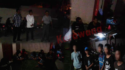 Remaja Pesta Miras Dilingkungan Desa di Giring Polsek Telagasari