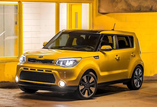 2016 Kia Soul yellow