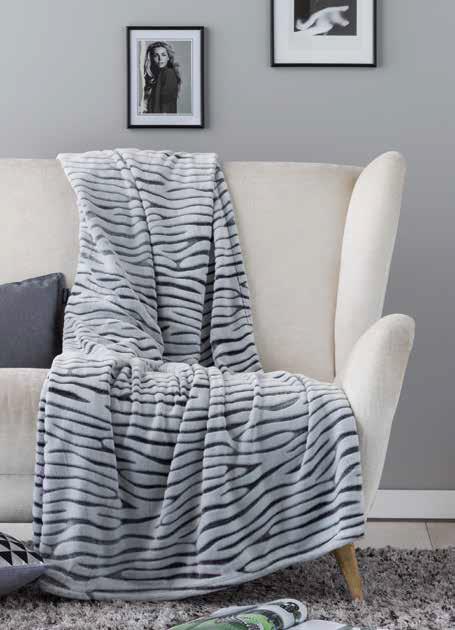 Complementos de cama en colores claros
