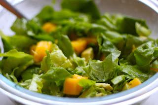 Lettuce Salad (Marul Salatasi)