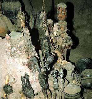 Burkina Faso Lobi peoples Bateba figures are recognized as living beings, which are placed on the shrines of supernatural spirits and are able to communicate with one another and to fight off evil.