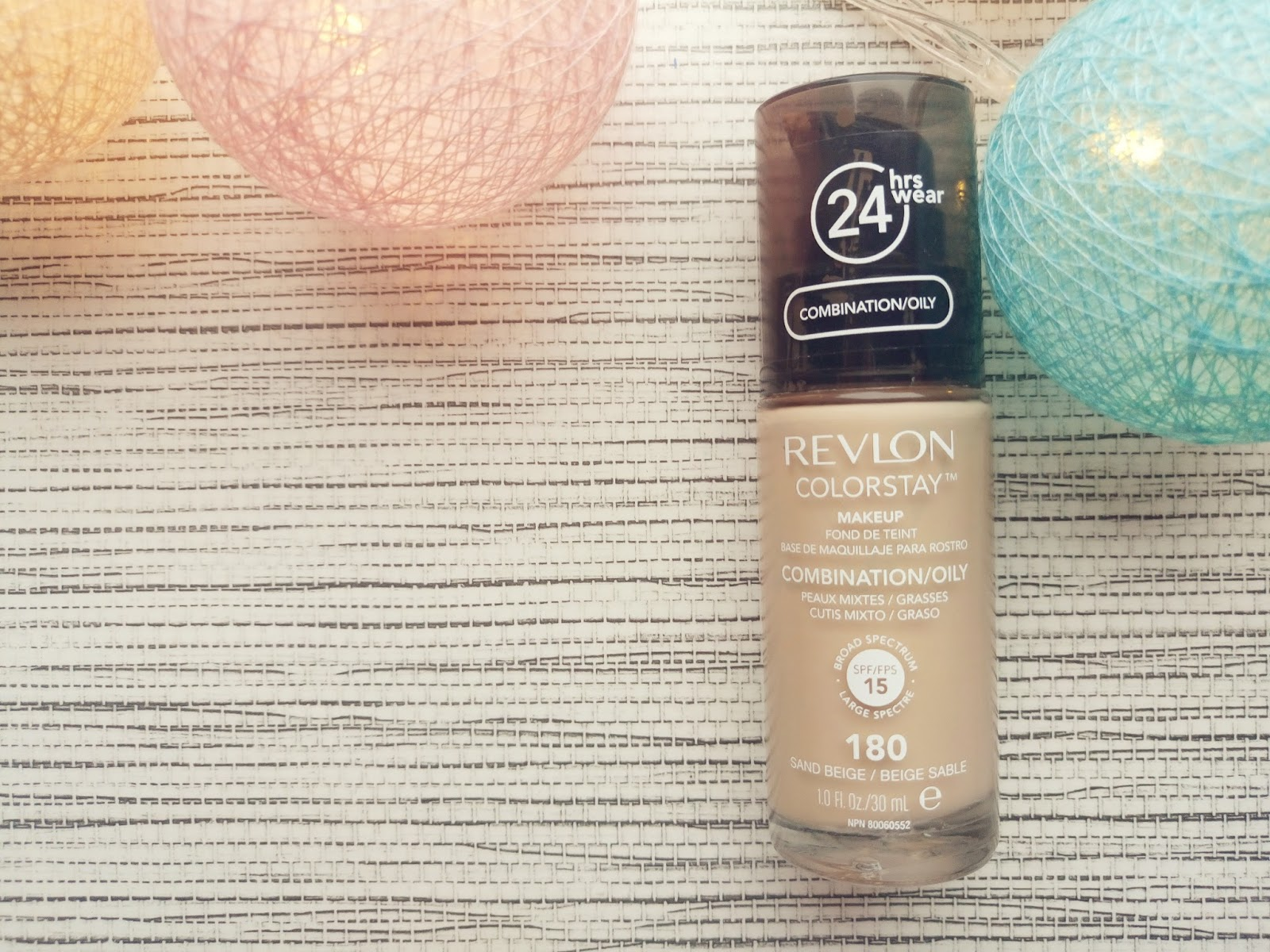 REVLON COLORSTAY  coloursof-beauty.blogspot.com