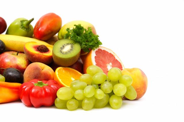 Makan Makanan yang Mengandung Kalori