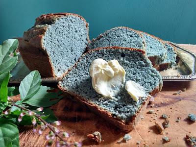 Resultado de imagem para bolo de jenipapo azul