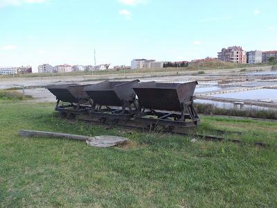 музей соли в поморие, железная дорога, узкоколейка, вагонетки, промышленный транспорт