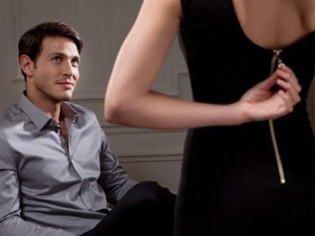 Những dấu hiệu của chồng bạn cần chú ý vì khả năng cao anh ấy đã ngoại tình