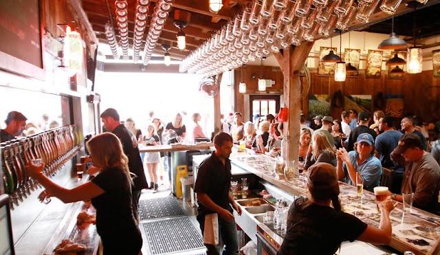 Bares e Pubs em Santa Bárbara