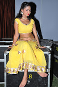 shreya vyas latest hot pics-thumbnail-17