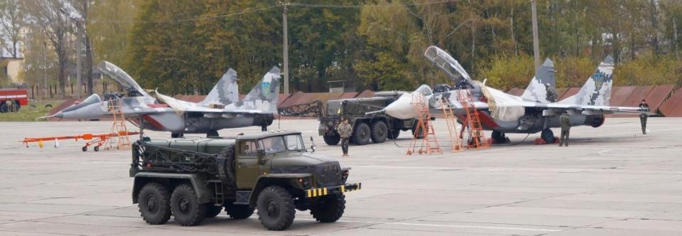Військовий аеродром Івано-Франківськ визначено аеродромом спільного використання