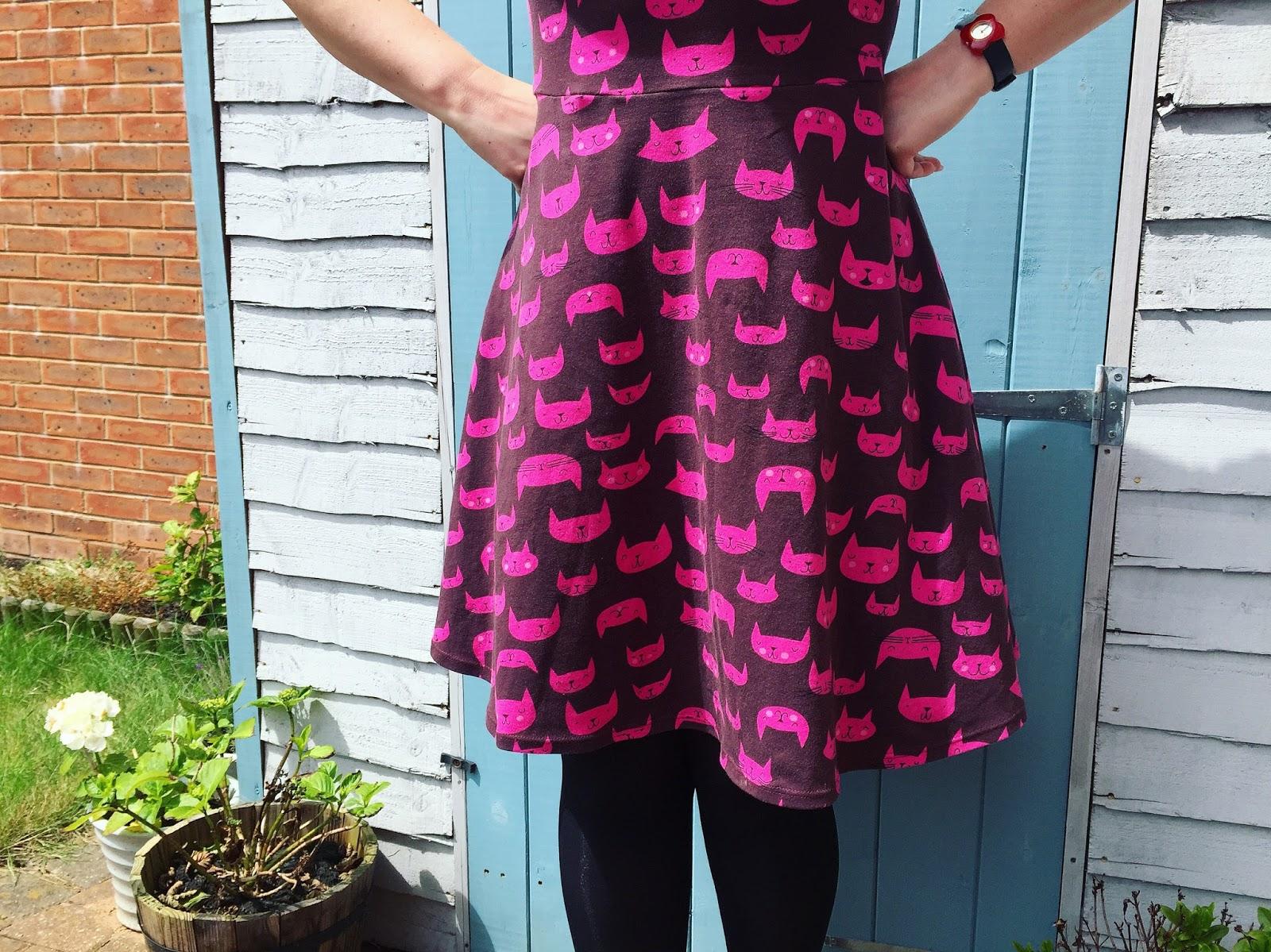 192 NEW RRP £50 Seasalt Valentine Floral Moving Image Skirt