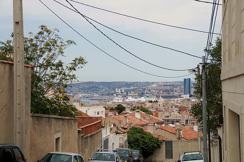 Ausblick auf Marseille im Sommer, Sehenswürdigkeiten in Marseille: auf Tasteboykott!