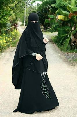 cewek cantik manis 5. Niqab  Definisi Niqab - Niqab adalah pakaian yang digunakan untuk menutupi seluruh tubuh mulai dari kepala sampai seluruh wajah, kecuali mata.