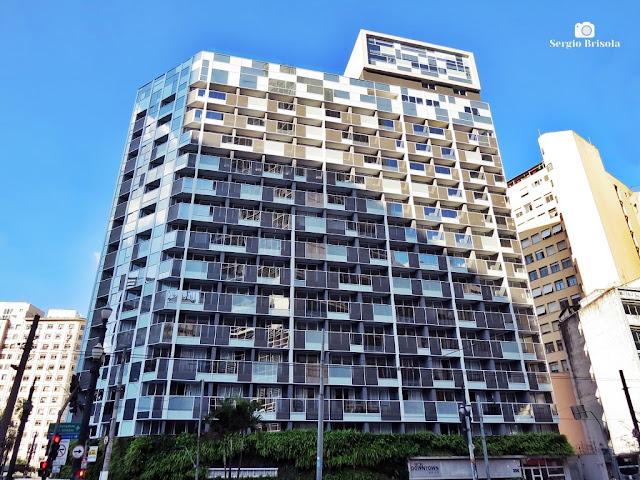 Vista ampla da fachada do Setin Downtown São Luís - Consolação - São Paulo
