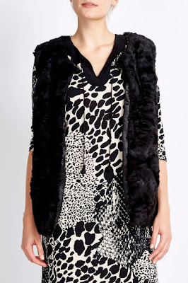 Wallis Black Faux Fur Gilet
