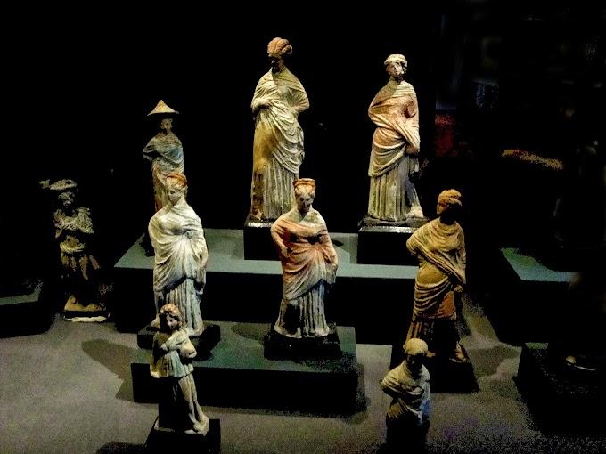 Μικρά θέματα από την ιστορία της ελληνικής γλώσσας