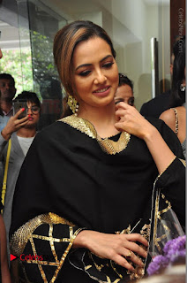 Bollywood Actress Sana Khan Launches Aakrithi Exibition  0084.JPG