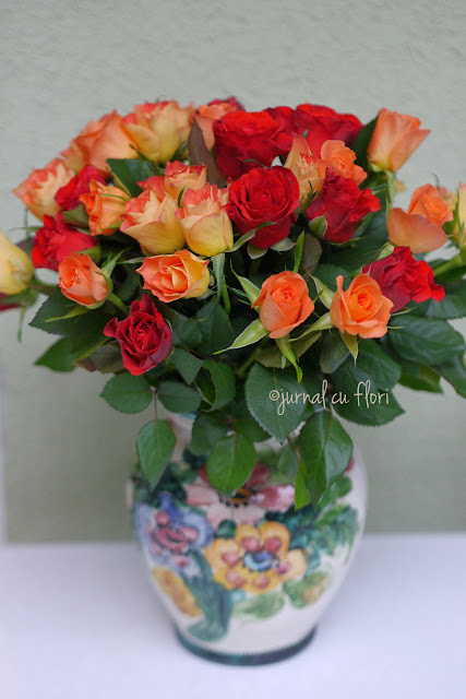 #vintage #vinatgevase #vintagelook #trandafiri