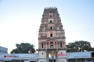 Gudi Sambaralu 2017 Stills  0049.jpg