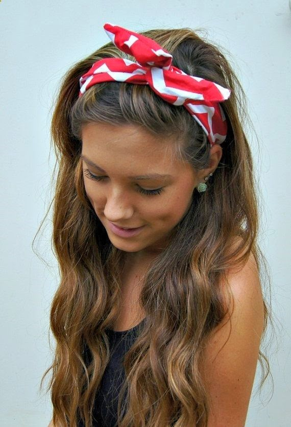 See more I'm in love with this hair, but I'd have to leave my hair semi-naturally wavy to do it right. And she's really tan O.o