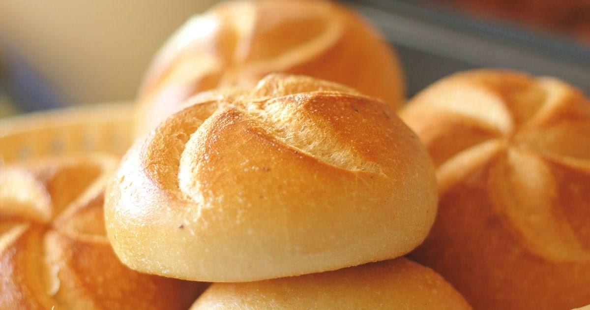 طريقة عمل الخبز بالحليب