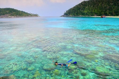 Keindahan Pulau Penjalin