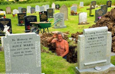 Traumberuf Totengräber lustige Friedhofs Jobs