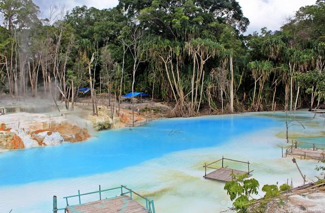 Kawah Putih Tinggi Raja tempat wisata di Medan yang wajib dikunjungi