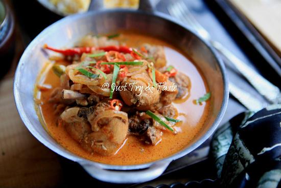 Resep Kari Ayam Merah a la Thai JTT