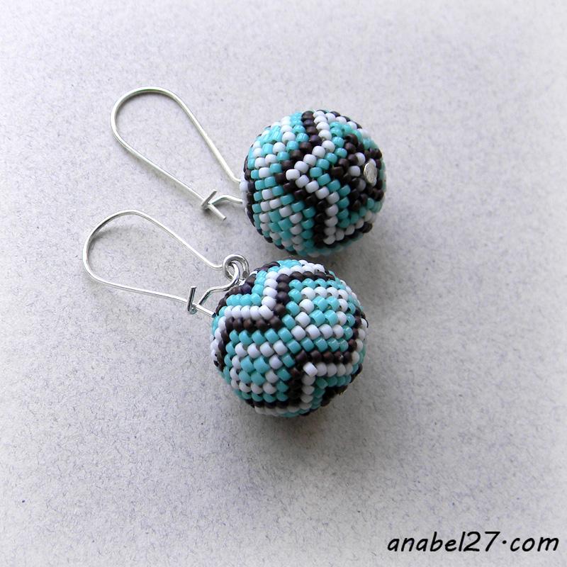 Маленькие серьги-шарики в бирюзовых тонах - 222 / 365