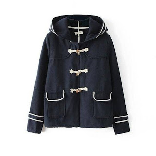 http://www.banggood.com/Women-Casual-Navy-Wind-Hooded-Female-Horn-Button-Woolen-Coat-p-966244.html?utm_source=sns&utm_medium=redid&utm_campaign=naokawaii_10th&utm_content=chelsea