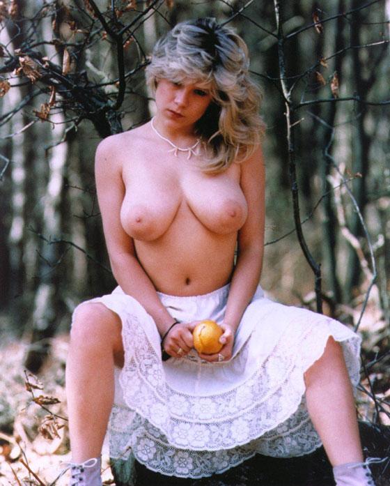 Fox nude Samantha