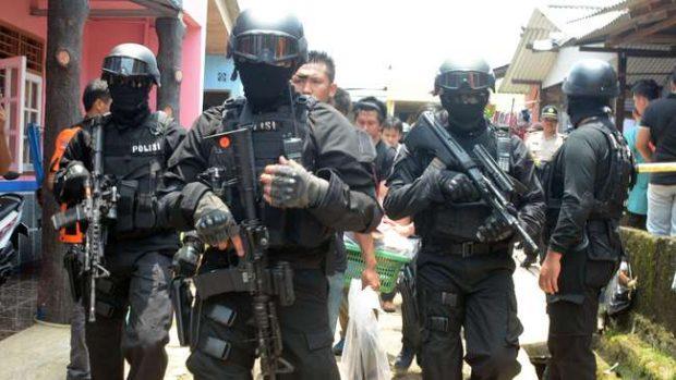 Penembakan Terduga Teroris Munculkan Dugaan Konspirasi
