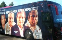 Total covering en film adhésif sur bus
