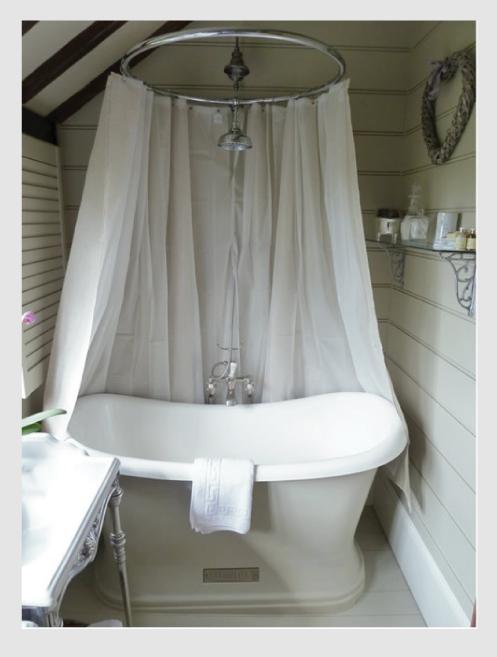 Dedicato a chi ama sognare la vasca vintage blog di - Tenda vasca da bagno ...