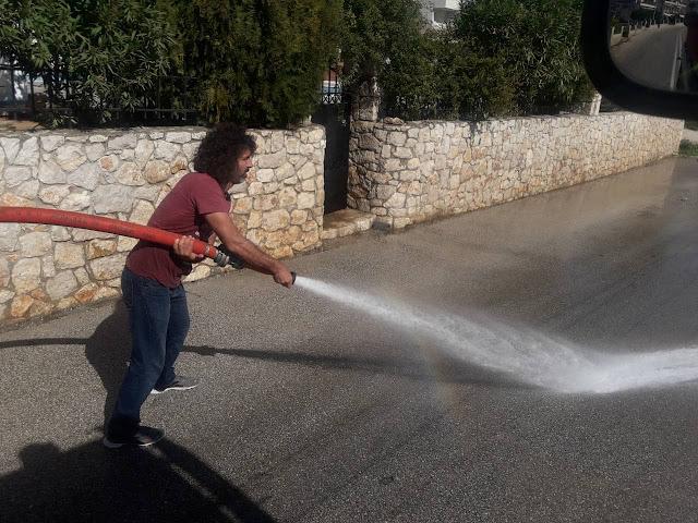 Το Βιβάρι αστράφτει από τον εθελοντικό καθαρισμό του Εξωραϊστικού Συλλόγου