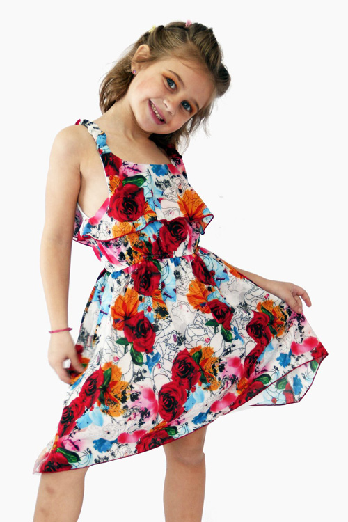 Moda en vestidos para nenas primavera verano 2018.
