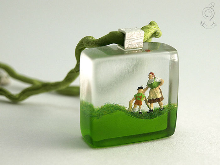 Jewelry With Miniature Scenes Art Craft Gift Ideas