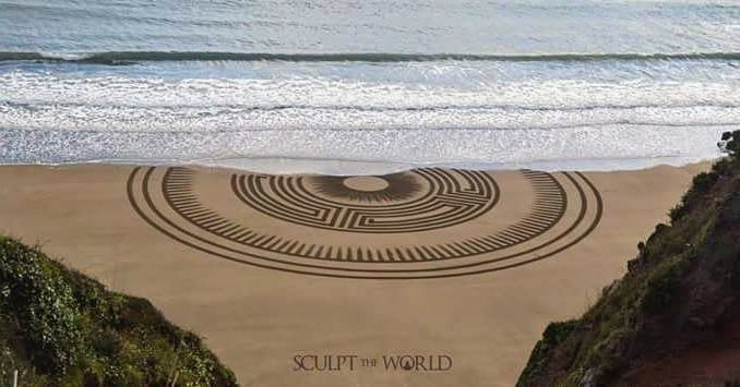 06-Jon-Foreman-Land-art-Geometric-Drawing-in-the-Sand-www-designstack-co