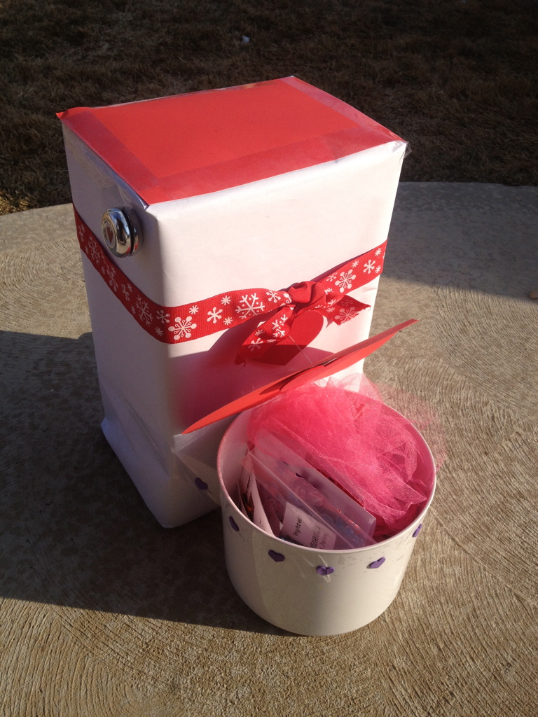 Mommy Lessons 101 Creative Valentine Box 11 Toilet