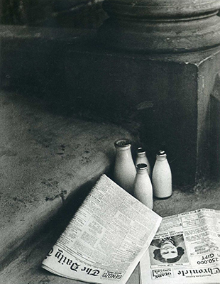 http://last-picture-show.tumblr.com/post/157897210912/bill-brandt-the-morning-papers-1936